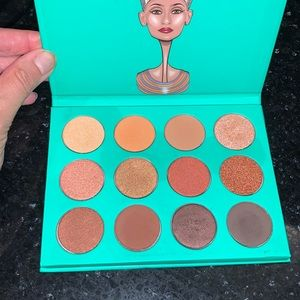 The Nubian Palette by Juvia's Place. Very gently used.